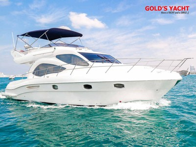 yacht charter dubai, 44 ft for 10 people